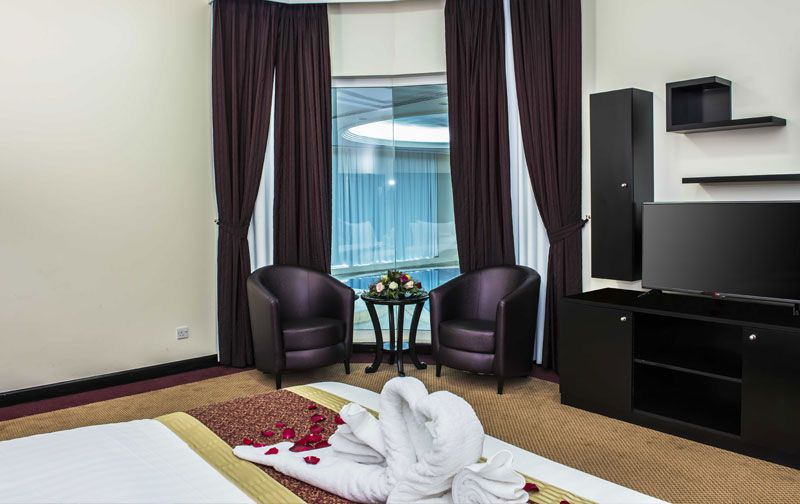 Bedroom Designs With Attached Bathroom And Dressing Room royal beach   empire villa